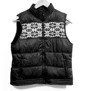 Old Navy Cozy Fair Isle Holiday Puffer Vest